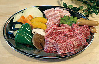 自然豊かな静かな北区の田舎で 美味しい肉と美味しい野菜で BBQをどうぞ